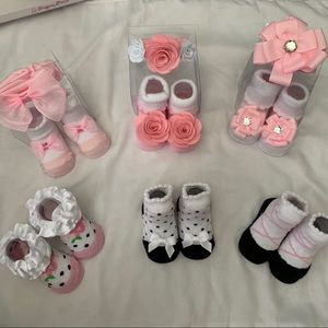 *NWOT*  Baby Girl Bundle Socks & Headbands